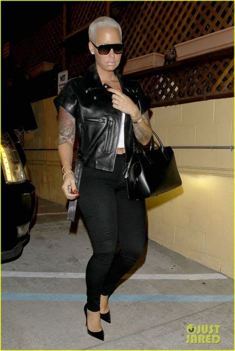 amber rose cheated on wiz khalifa with her driver amber rose emerges without her wedding ring after accusing