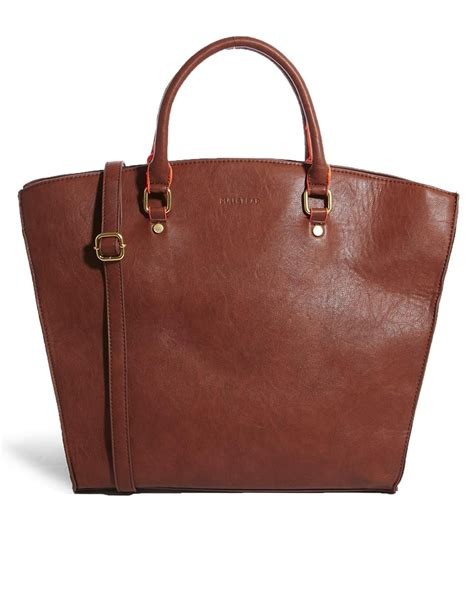 Pullbear Bag pull handheld shopper bag with contrast handles in brown lyst