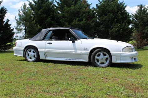 89 ford mustang convertible gt 226 173 239 184 no reserve