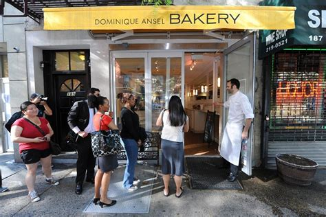 Garden City Ny Bakery The Strange Tale Of The Millionaire Who Died Next To A Nyc