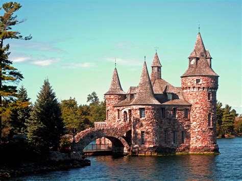 pictures of new boldt castle castle in new york thousand wonders