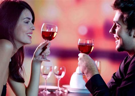romantic couple drinking wine dating tips 7 cracking dating survival tips for 2014