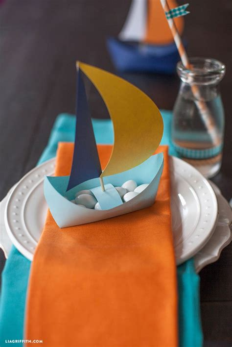 paper canoe craft 25 best ideas about paper boats on sailor
