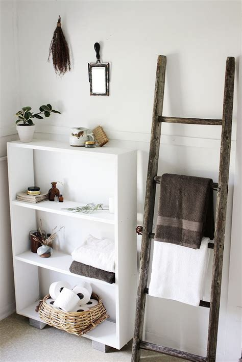 bathroom decorating with old ladder 17 best ideas about ladder towel racks on pinterest