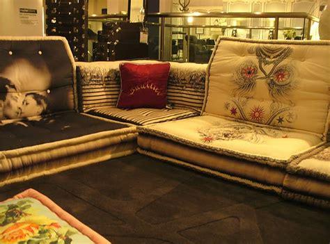 empressionista jean paul gaultier s mah jong sofa