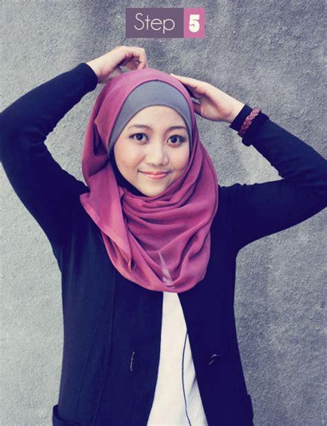 Kerudung Segi Empat Bahan Wolfice 08 fatimah azahro cara memakai jilbab kreasi segi empat