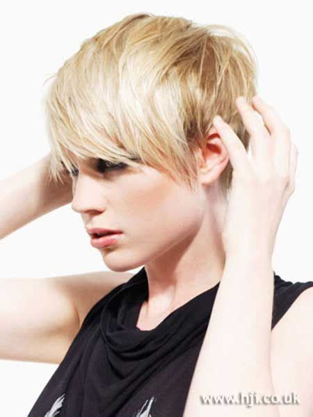 pictures of girl hairstyles with blond on top and dark bottom 17 best images about short hairstyles on pinterest