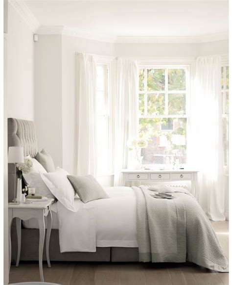 grey and white bedroom curtains 25 best ideas about white gray bedroom on pinterest