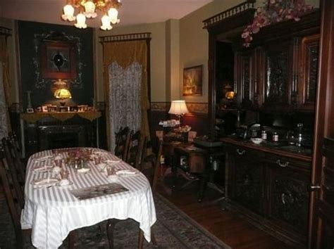 bed and breakfast indianapolis the hollywood room picture of old northside bed and