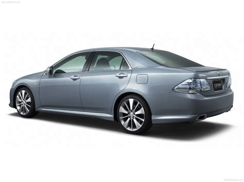 Crown Toyota Toyota Crown Hybrid Picture 48303 Toyota Photo Gallery