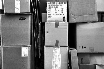 umzugskartons für bücher leben in der box mucbook