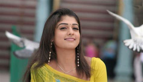 nayanthara cute themes download gorgeous actress nayantara hd images photos and wallpapers