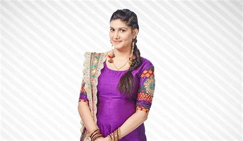 sapna choudhary famous song sapna choudhary biography wiki bigg boss age career