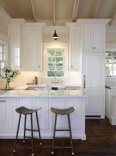 Kitchen Ideas White Cabinets Small Kitchens Best 25 Small White Kitchens Ideas On