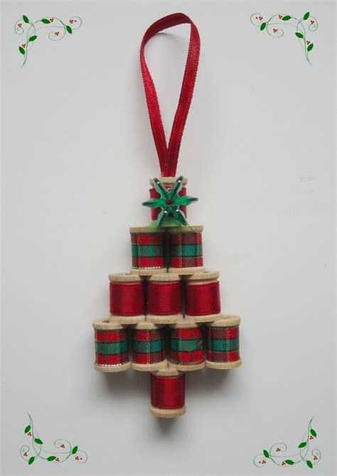 googlefsg 2012 christmas center piece cemterpiece pin by sylvia lakalaka on ornaments crafts spool crafts and
