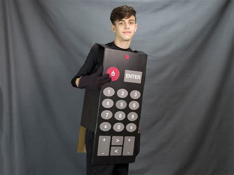 easy budget halloween costume tv remote control  tos