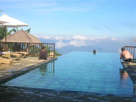 bali infinity pool readers lives responsible tourism in bali ethical