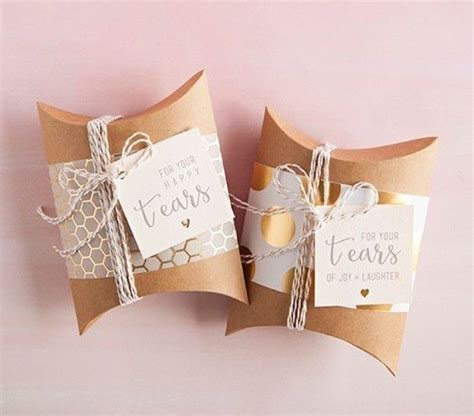 Best 25  Parent wedding gifts ideas on Pinterest   Wedding