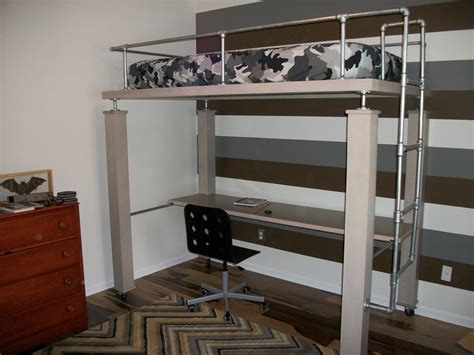 Full Size Bunk Bed With Desk Underneath Bedroom Black And White Bunk Bed With Desk Underneath