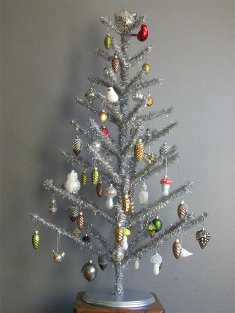 how much tinsel for a 12 tree oleander and palm vintage style tinsel tree