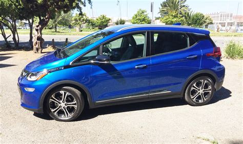 Chevy Electric Cars 2017 2017 Chevrolet Bolt Ev A Leap In Electric Vehicle Value