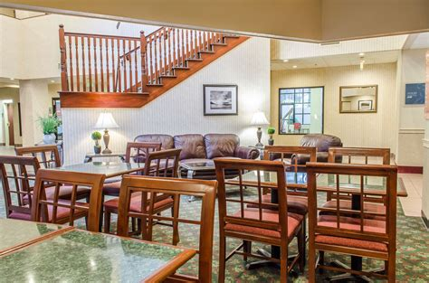 comfort suites state college comfort suites state college reviews photos rates