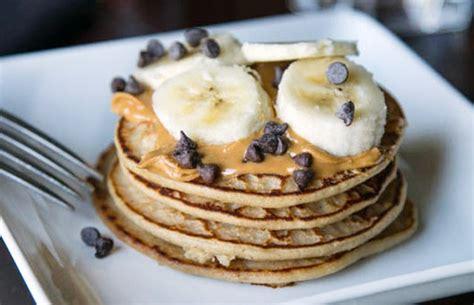 protein yogurt pancakes 11 delicious protein pancake recipes by daily burn