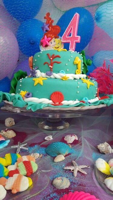 como decorar un pastel de la sirenita ariel 63 mejores im 225 genes sobre tarta la sirenita en pinterest