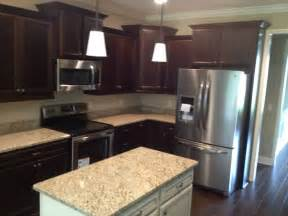 gallery for gt kitchen backsplash dark cabinets kitchen decorating in contemporary style using island