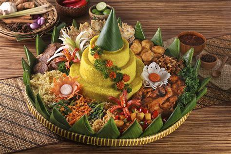 Nasi Tumpeng the meaning of nasi tumpeng