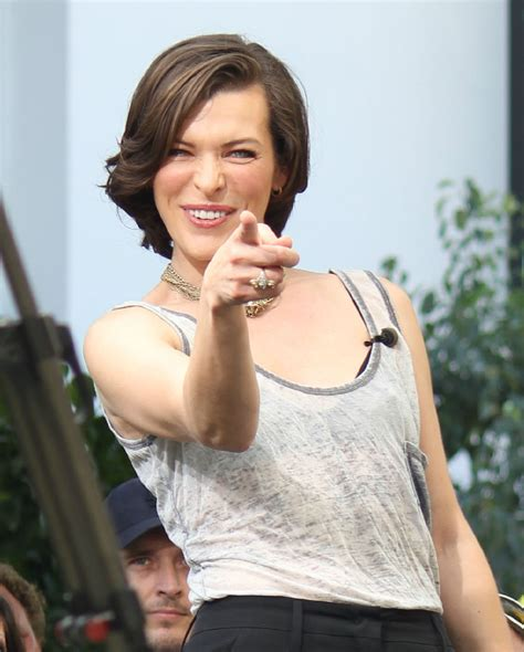 milla jovovich zimbio milla jovovich in milla jovovich doing an interview for