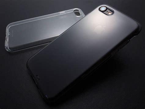 Plain For Iphone 7 レビュー andmesh plain for iphone 7 ジェットブラックでも側面まで張り付かない