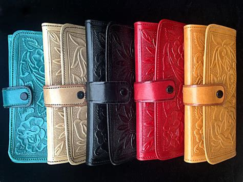 Handcrafted Leather Products - handmade leather clutch wallet huitzilli