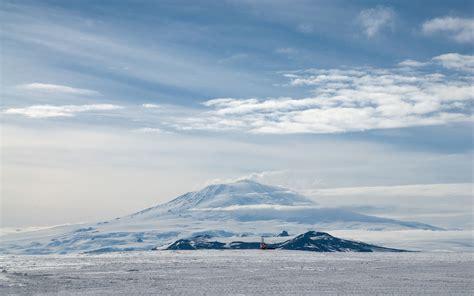 mountain clouds snow winter wallpaper 1920x1200 177847