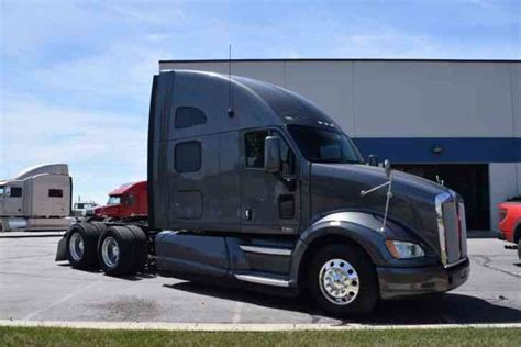 new kenworth t700 for sale kenworth t700 2012 sleeper semi trucks