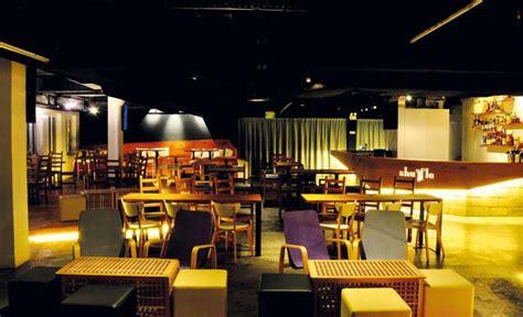best singapore restaurants shops travel deals insingcom shuffle bistro bar singapore happy hours shuffle bistro