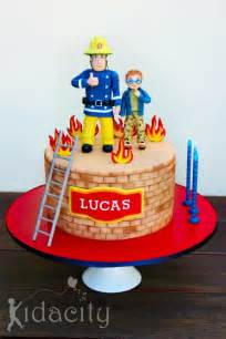 feuerwehrmann sam kuchen 25 best ideas about fireman sam cake on