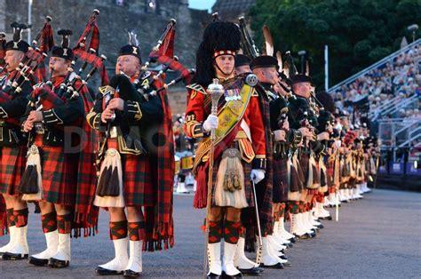 edinburgh tattoo video 2014 london scotland theater tour megan wagner