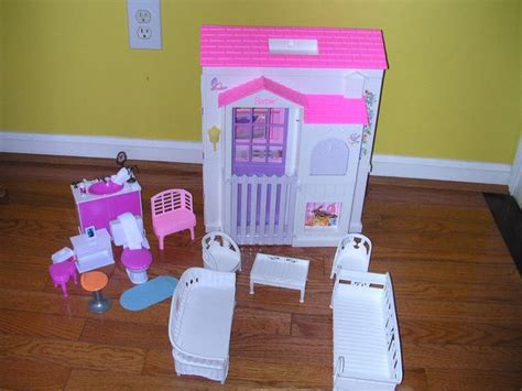 barbie folding doll house 1996 barbie folding pretty doll house 118066341