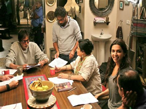 Box Office Discussion by Piku Wednesday 6 Days Box Office Collection Filmibeat