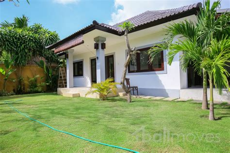 house for rent 1 bedroom two bedroom house with beautiful garden sanur s local