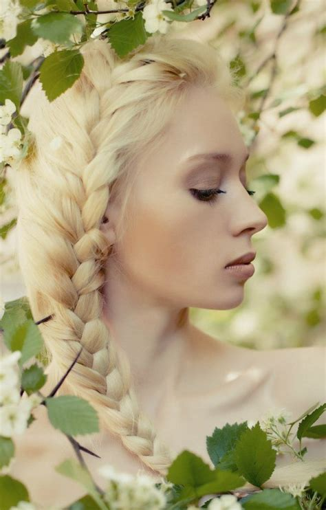 Yay Or Nay Wednesday Catwalk 4 by Lipsticklicious Platinum Blond Haar Yay Or Nay