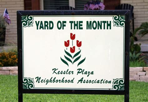yard of the month bloomingdale homeowners association yard of the month signs kessler plaza neighborhood