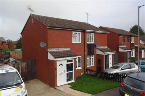2 bedroom house for sale in luton search 2 bed houses for sale in luton onthemarket