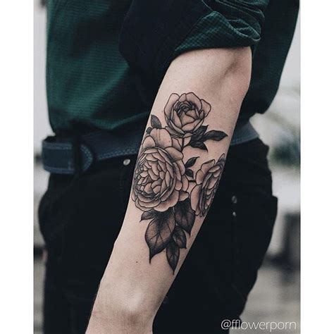 male rose tattoos best 25 flower ideas on tattoed