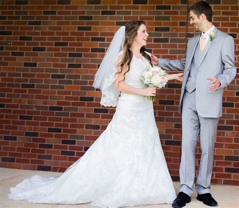 jill duggar and derick dillard s wedding see rehearsal happy couple jill duggar and derick dillard s wedding