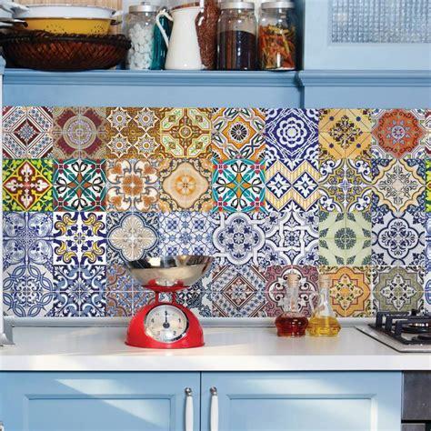 papel sobre azulejos papel de parede azulejo lisboa pa8230 papeldecor