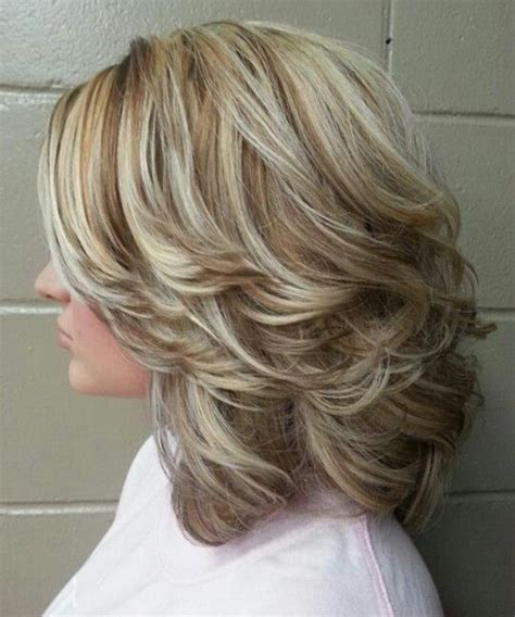2016 fall hairstyles for medium length hair shoulder length thick layered hairstyles 2016 for women