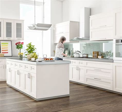 overlay shaker cabinets 25 best ideas about overlay cabinets on