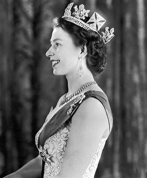 elizabeth the second who killed britain a new book reveals that the land queen